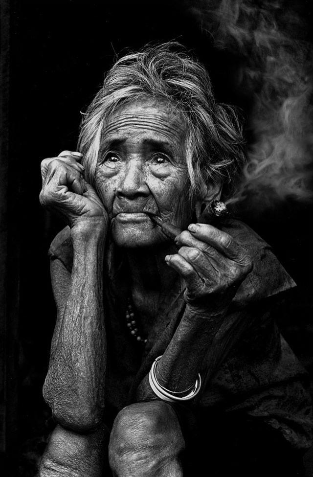 Description outstanding examples of portrait photography