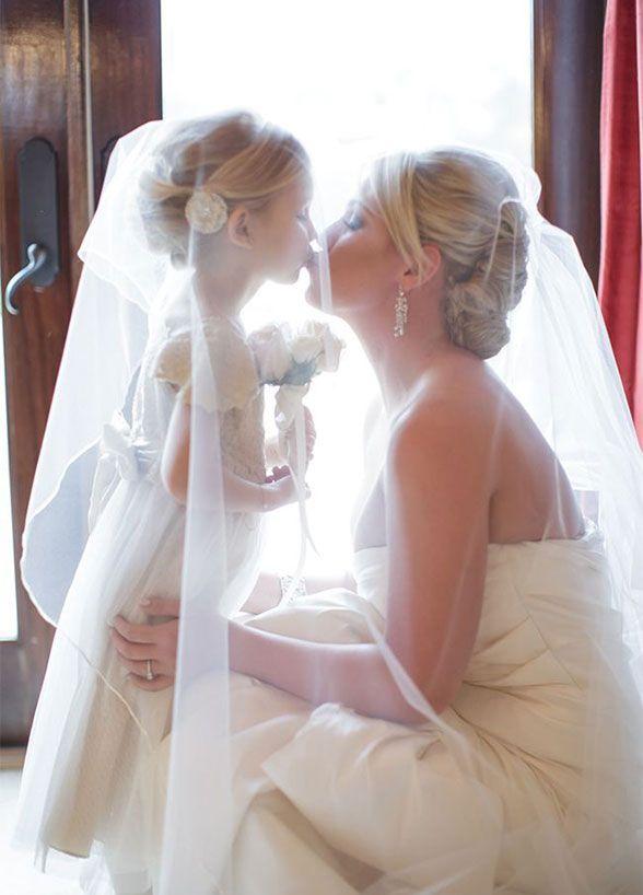 Wedding Photography Ideas 10 Crazy Fun Bridal Party Photo Ideas Photography Magazine Leading Photography Magazine Bring You The Best Photography From Around The World