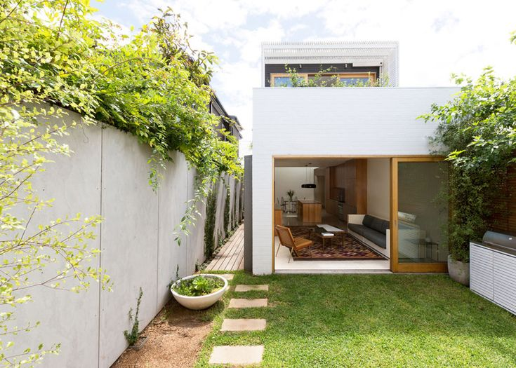 Sydney House by Fearns Studio - Photography Magazine